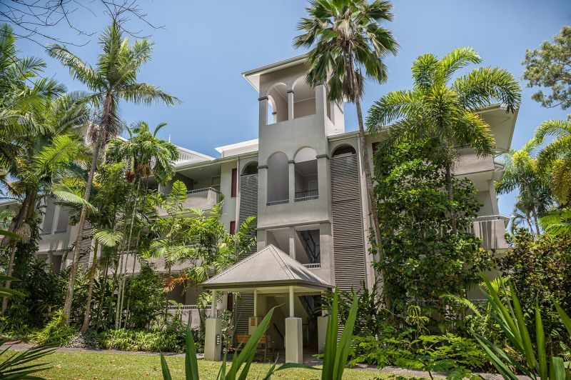 Oasis At Palm Cove - Accommodation Find