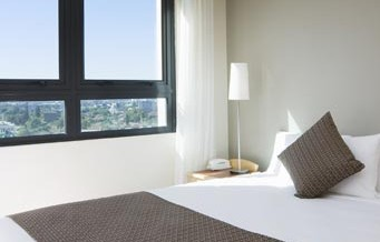 Pacific International Suites Parramatta - Accommodation Find