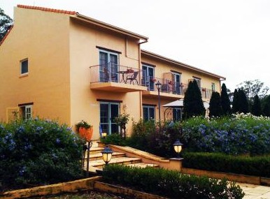 Villa Provence - Accommodation Find
