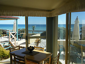 The Macs Beachfront Villas - Accommodation Find