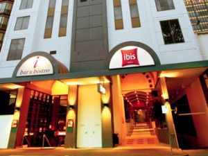 Hotel Ibis Melbourne - Accommodation Find