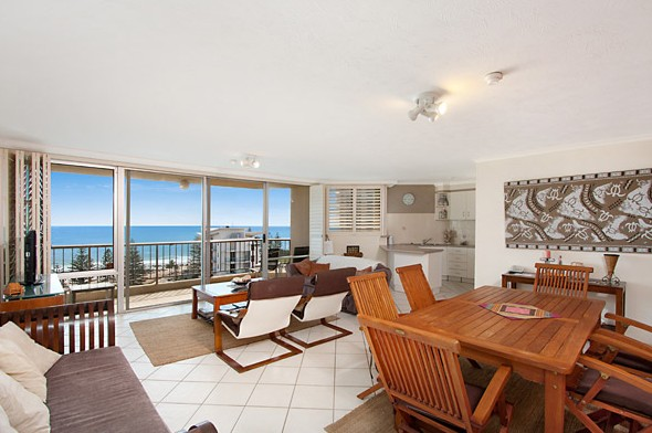 Rainbow Commodore Holiday Apartments - Accommodation Find