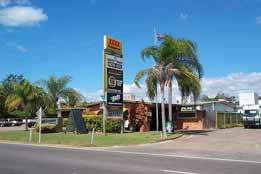 Queens Beach Motor Hotel - Accommodation Find