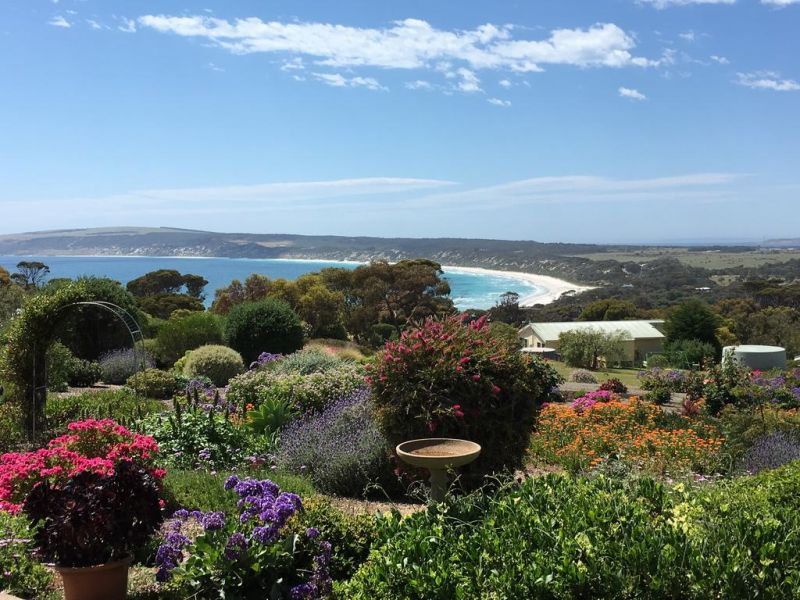 Emu Bay Holiday Homes - Accommodation Find