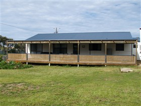 Surfin Sceales Beach House - Accommodation Find