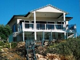 Top Deck Cliff House - Accommodation Find