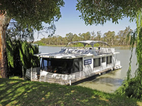 Moving Waters Self Contained Moored Houseboat - Accommodation Find