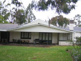 Naracoorte Cottages - Pinkerton Hill - Accommodation Find