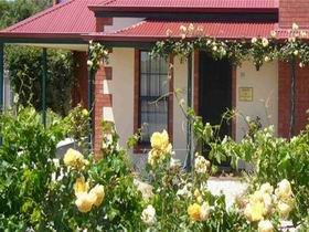 Wine And Roses Bed And Breakfast - Accommodation Find