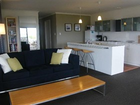 Coorong Waterfront Retreat - Accommodation Find
