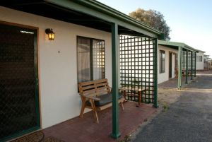 Moonta Bay Road Cabins and Cottages - Accommodation Find