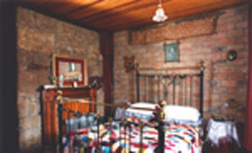 Hamilton's Cottage Collection and Country Gardens - Georges Cottage - Accommodation Find
