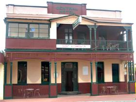 Central Hotel Zeehan - Accommodation Find