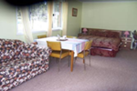 Quamby Pines Chalet B  B - Accommodation Find