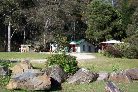 Mountainside Nature Retreat - Accommodation Find