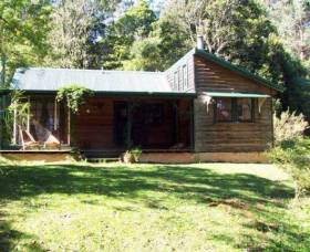 Red Dog Retreat - Accommodation Find