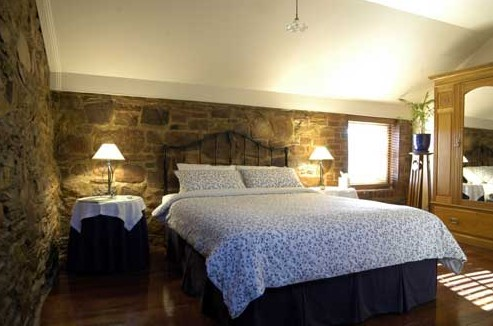 Byronsvale Bed  Breakfast - Accommodation Find