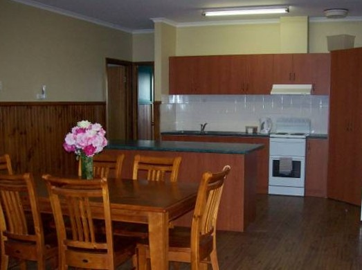 Riverland Holiday Cottage - Accommodation Find
