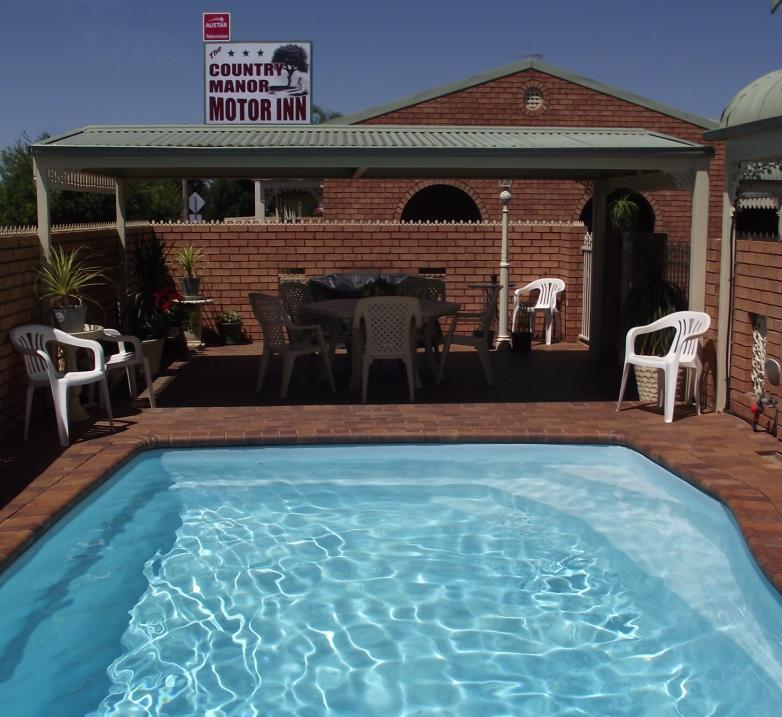 Country Manor Motor Inn - Accommodation Find