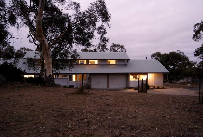 Silvertop Snowy Mountains Retreat - Accommodation Find