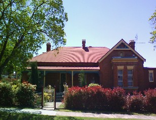 Tumut Accommodation Sefton House - Accommodation Find