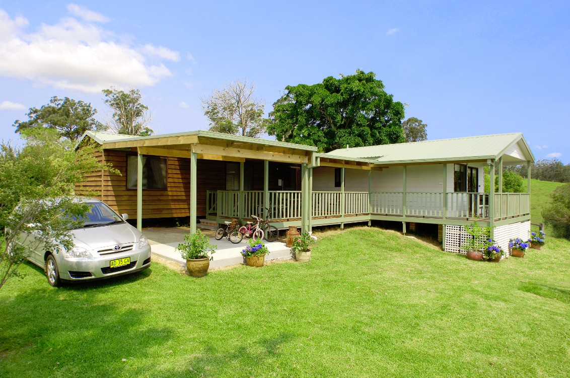 Cedar Grove Farmstay - Accommodation Find