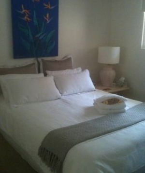 Absolute Beachfront Manly Bed and Breakfast - Accommodation Find