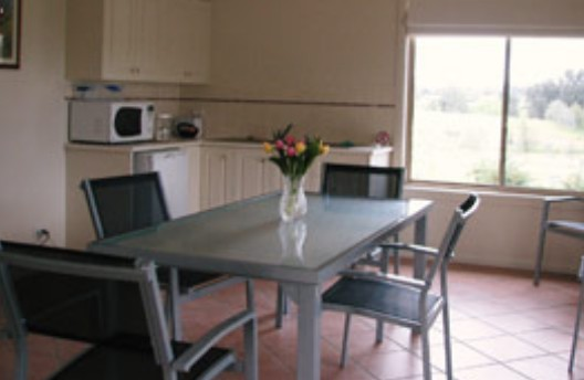Burns B and B and Yabby Farm - Accommodation Find