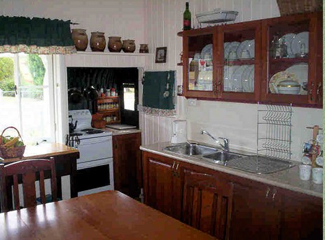 Dillons Cottage - Accommodation Find