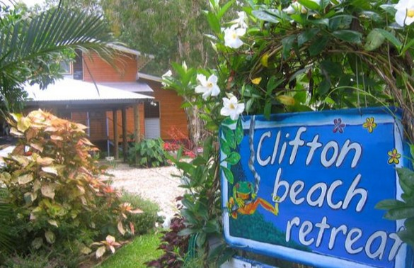 Clifton Beach Retreat - Accommodation Find