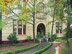 Quality Toorak Manor - Accommodation Find