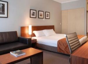 Clarion Suites Gateway - Accommodation Find