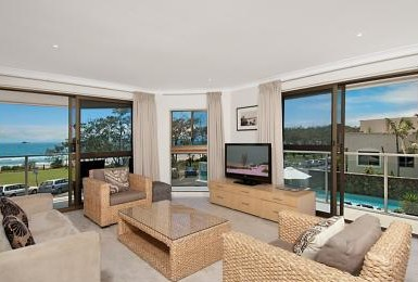 Bayview Beachfront Apartments - Accommodation Find
