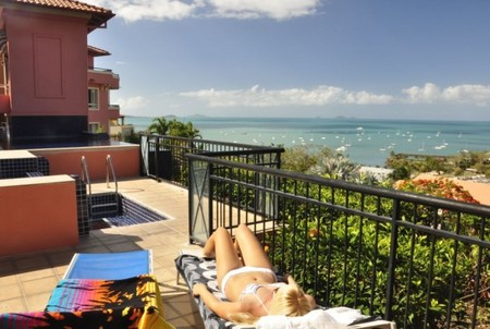 Martinique Whitsunday - Accommodation Find