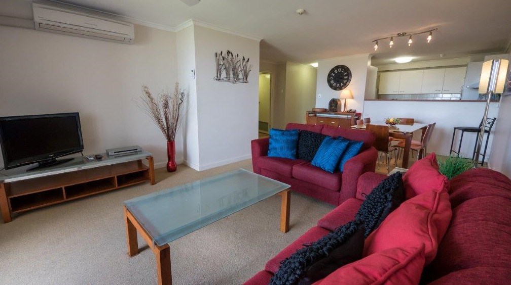 Coral Towers Holiday Apartments - Accommodation Find