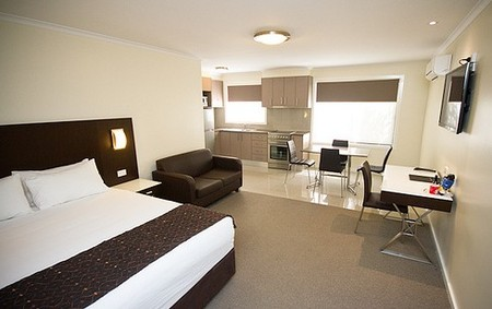 Country Comfort Premier Motel - Accommodation Find