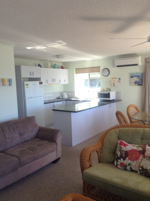 Surfcomber On The Beach - Accommodation Find