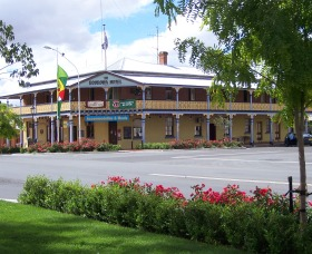The Boorowa Hotel - Accommodation Find