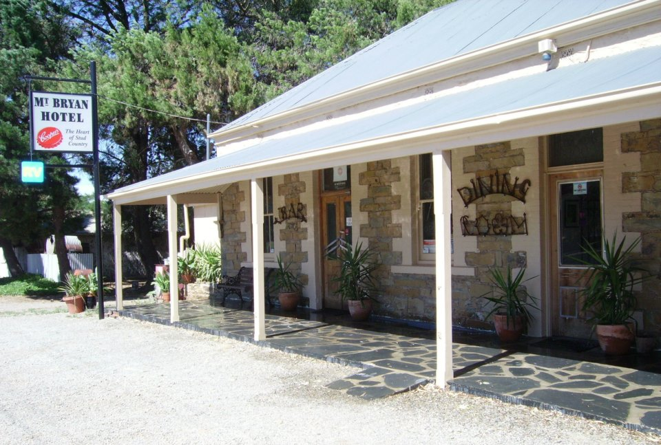 Mount Bryan Hotel - Accommodation Find