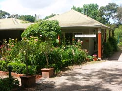 Treetops Bed And Breakfast - Accommodation Find