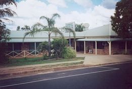 Clermont Motor Inn - Accommodation Find