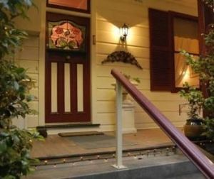 Chalet Blue Mountains - Accommodation Find
