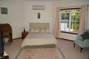 Kingfishers Manor  Noosa - Accommodation Find