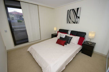 Balmain 704 Mar Furnished Apartment - Accommodation Find