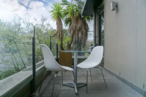 Comfy Kew Apartments - Accommodation Find