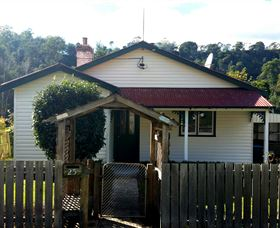 Brothers Town Cottage - Accommodation Find