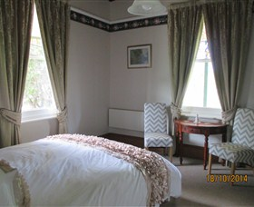 Cygnet's Secret Garden - Boutique Bed and Breakfast - Accommodation Find