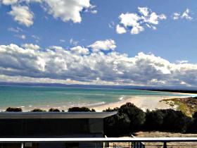 Freycinet Beach Apartments - Accommodation Find