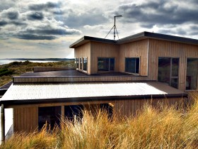 King Island Breaks - Porky's Beach House - Accommodation Find