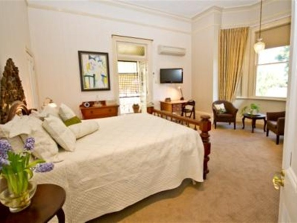 Brisbane Milton Bed and Breakfast - Accommodation Find